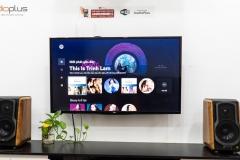 Edifier S1000MKII khi xếp lên kệ TV